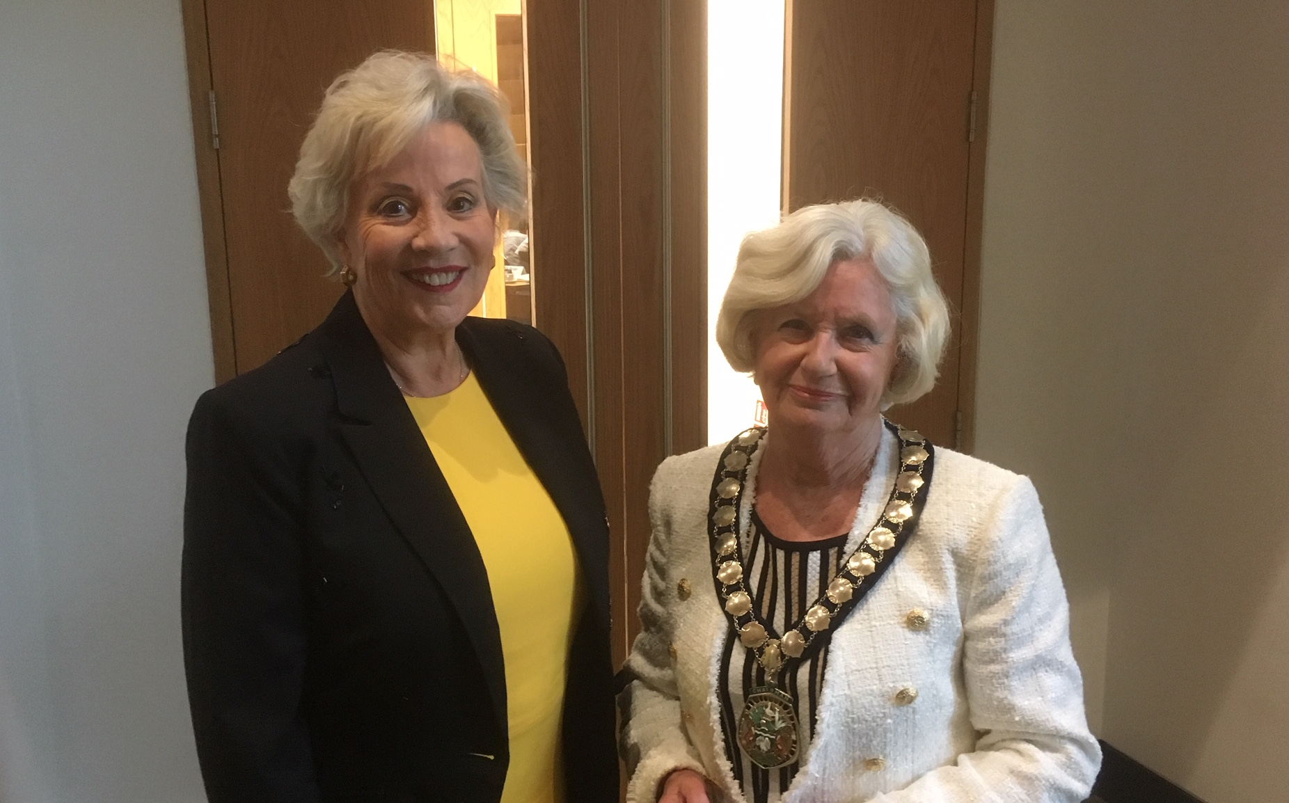 Cllr Sue Renshell outgoing chairman AVDC with new chairman Cllr Judy Brandis