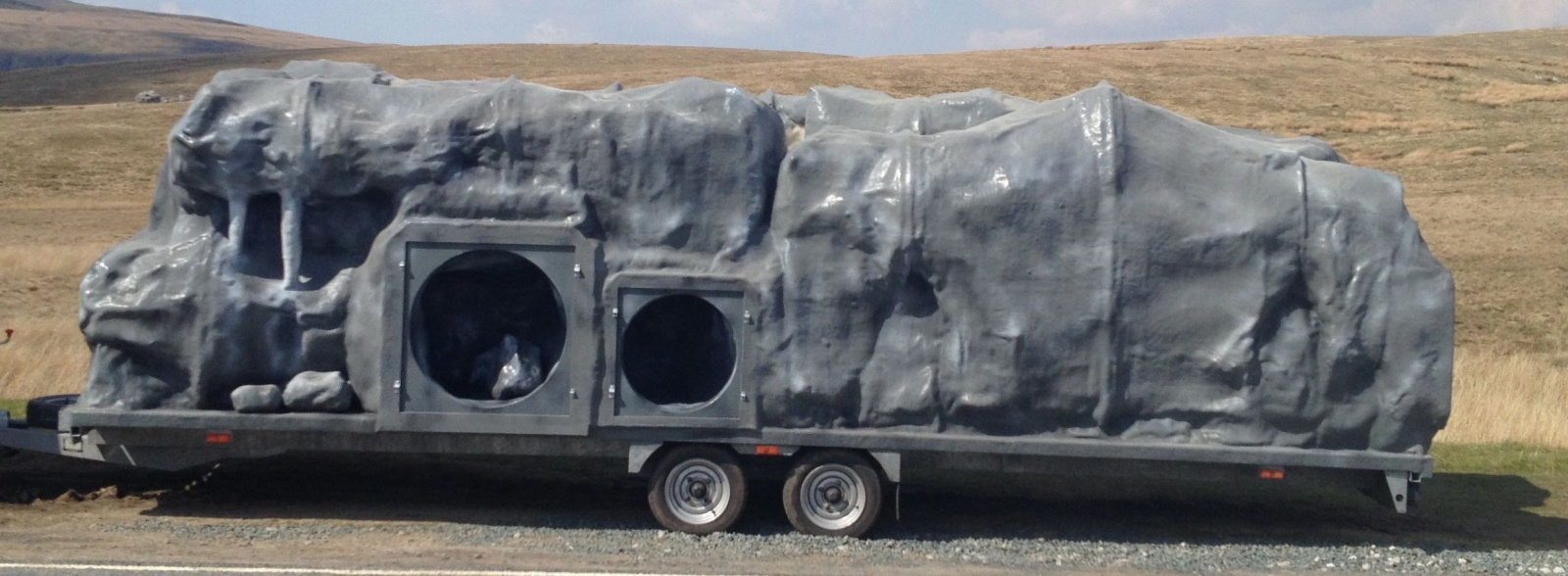 Mobile cave for Kingsbury - Aylesbury Thursday
